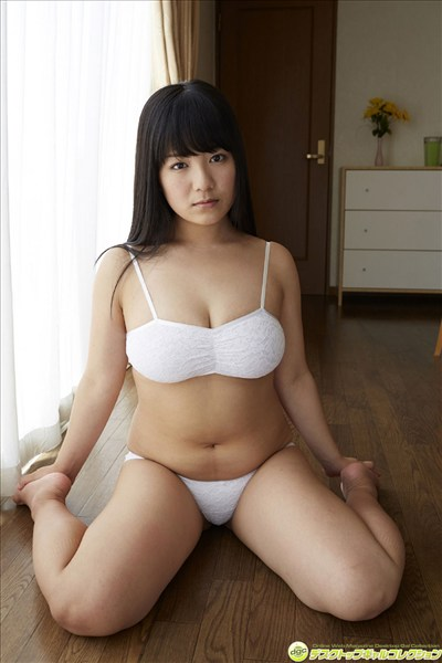 Japanese orthodox uniformed beauty019
