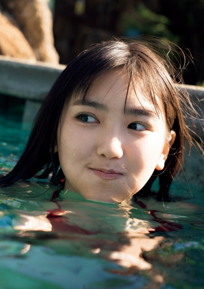Aika Sawaguchi a 15-year-old high school freshman has a bouncy body in Hawaii094
