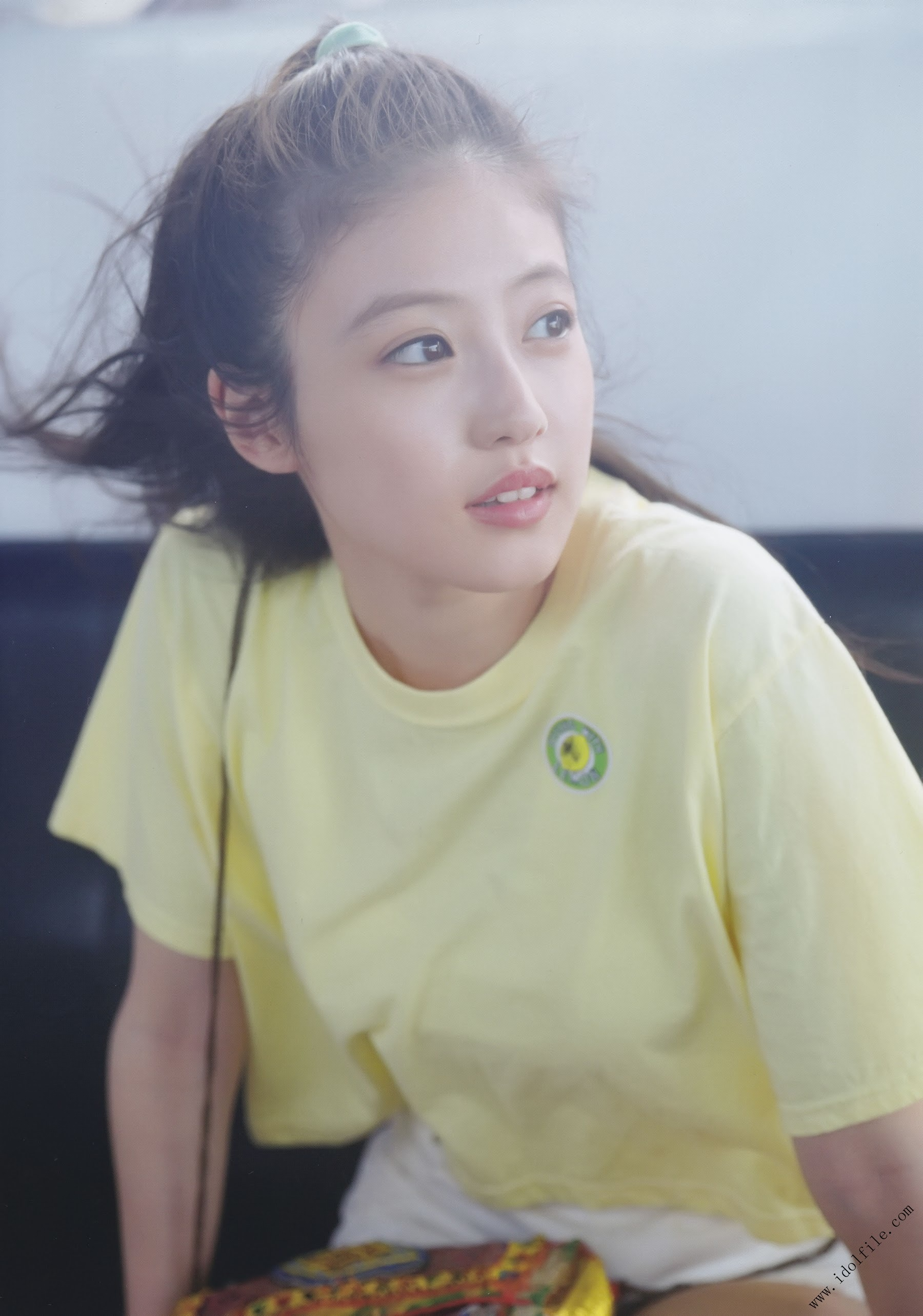Pretty and beautiful, 22 years old and innocent Moving to the next stage as an actress Mio Imada011