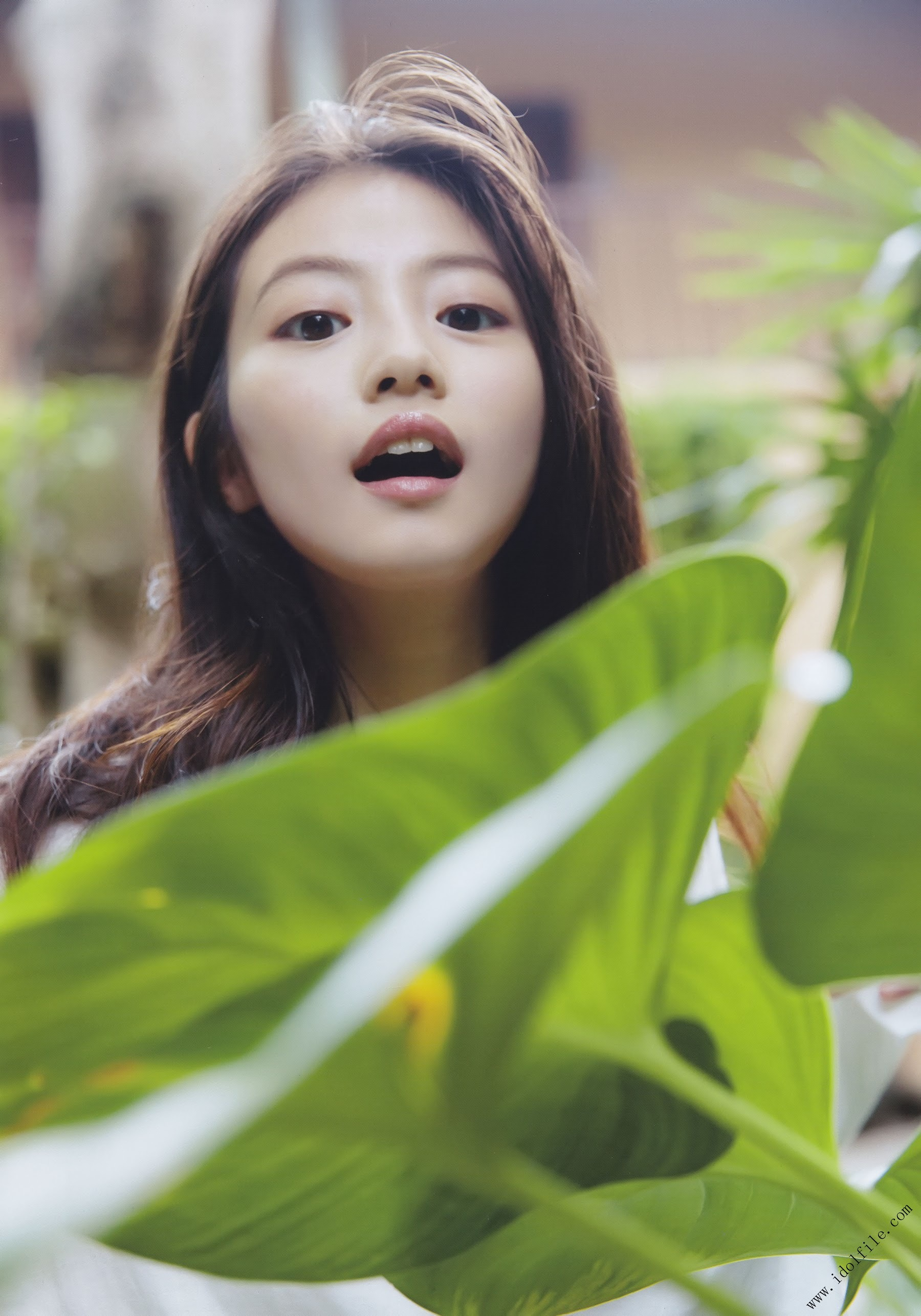 Pretty and beautiful, 22 years old and innocent Moving to the next stage as an actress Mio Imada016