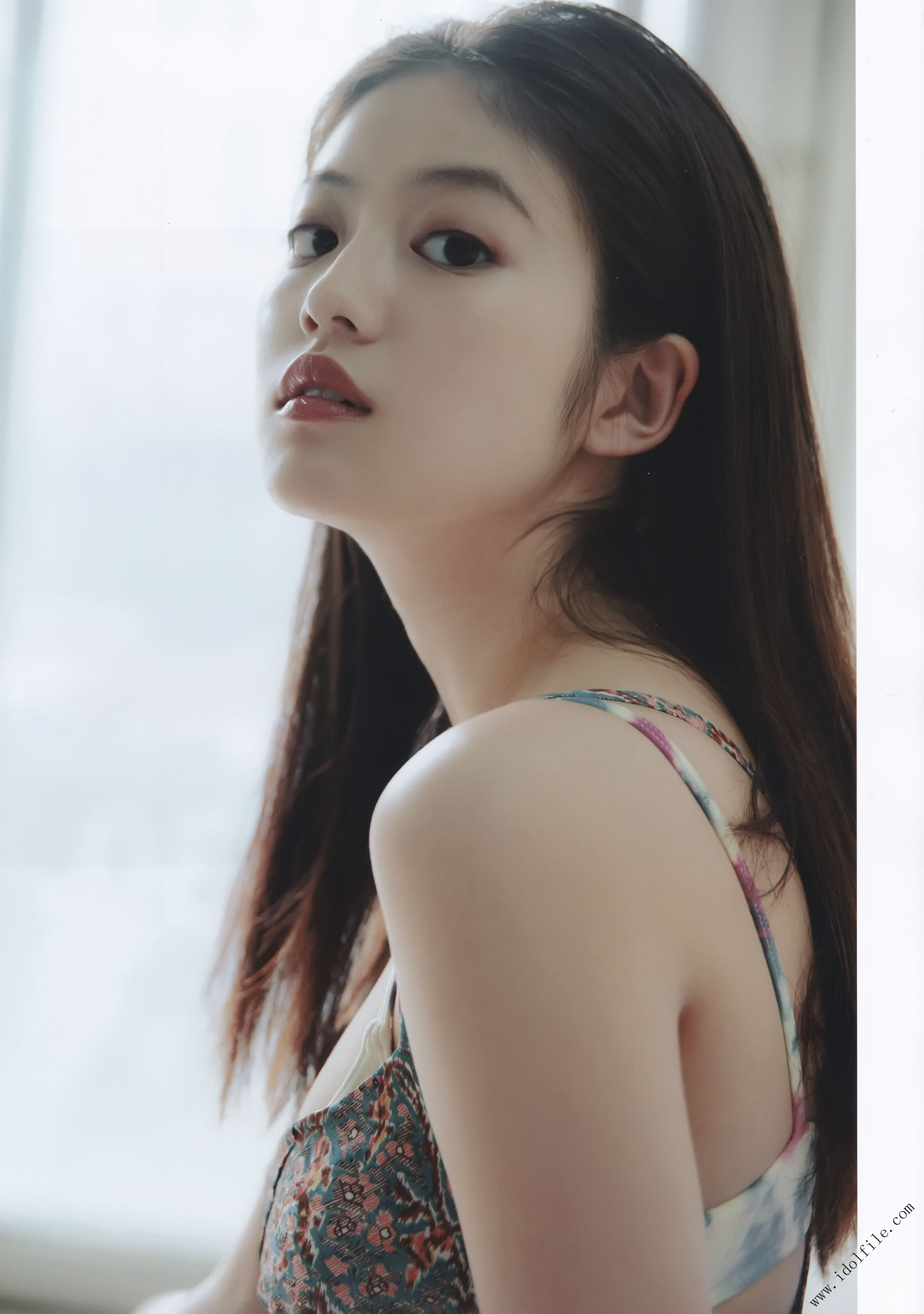 Pretty and beautiful, 22 years old and innocent Moving to the next stage as an actress Mio Imada051