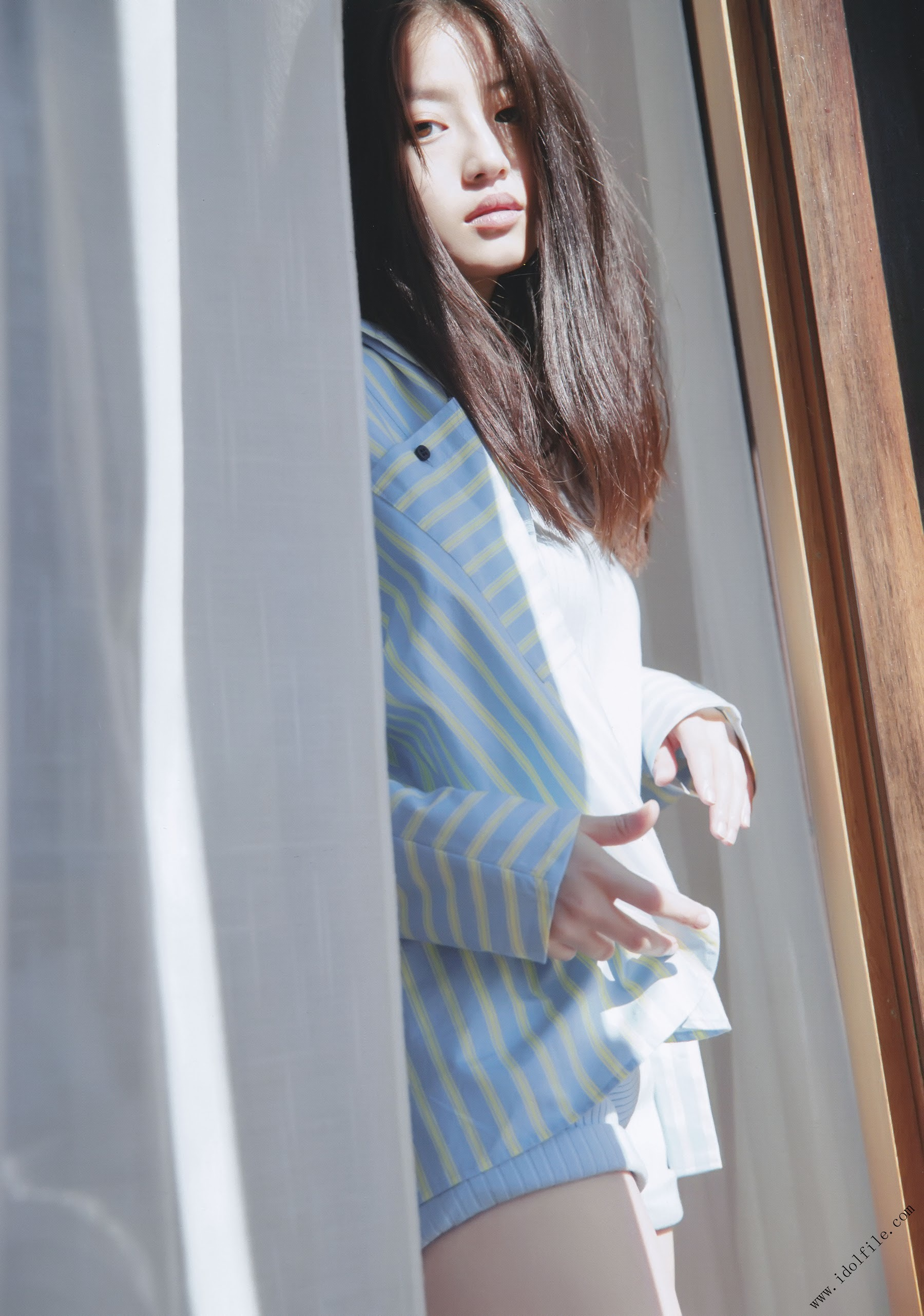 Pretty and beautiful, 22 years old and innocent Moving to the next stage as an actress Mio Imada065