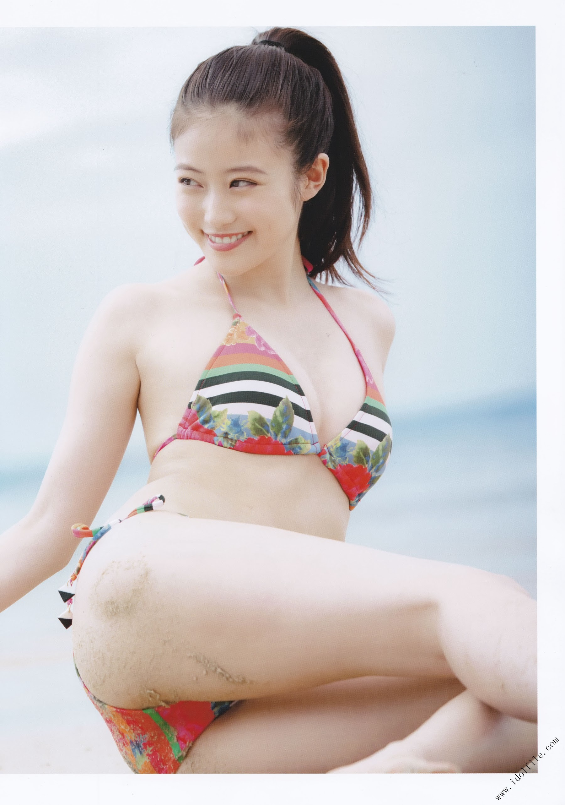 Pretty and beautiful, 22 years old and innocent Moving to the next stage as an actress Mio Imada094