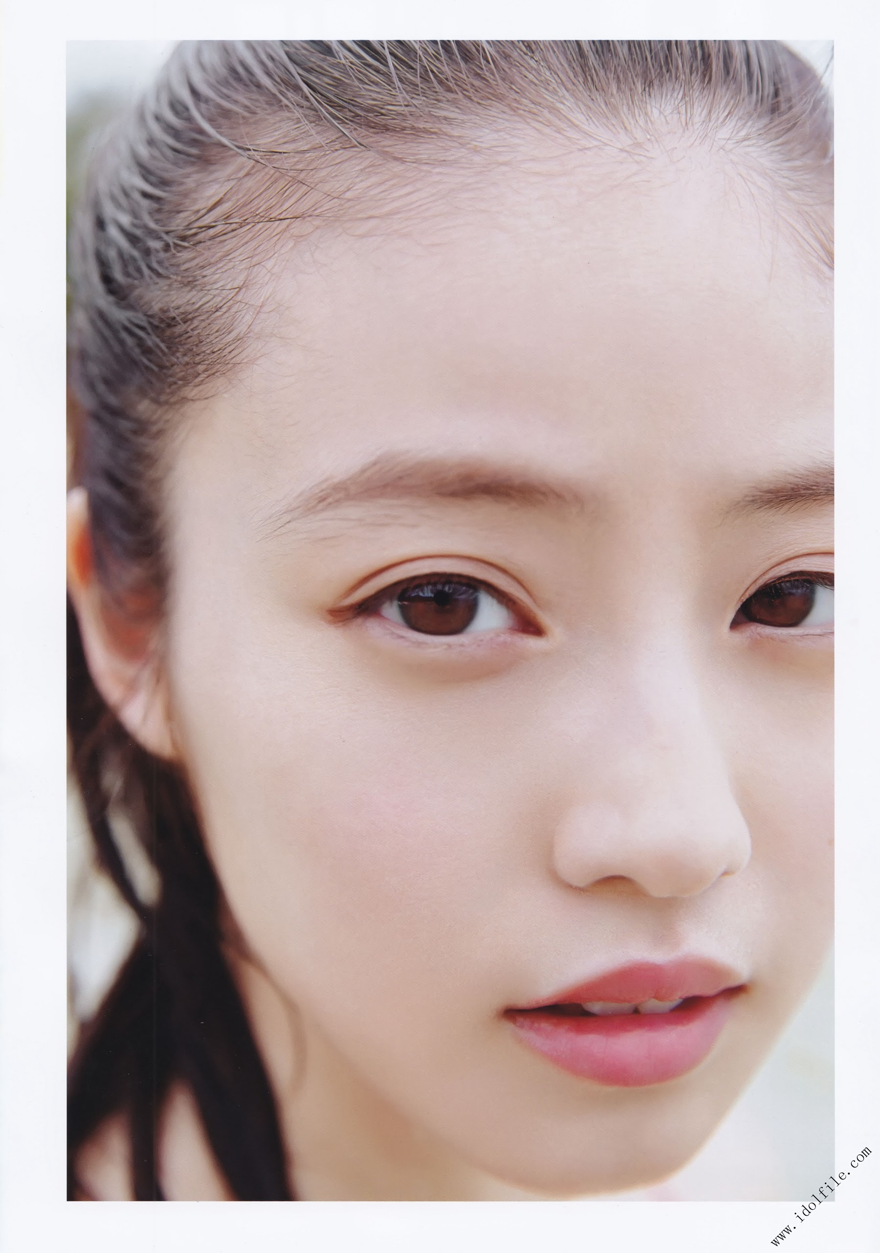 Pretty and beautiful, 22 years old and innocent Moving to the next stage as an actress Mio Imada096