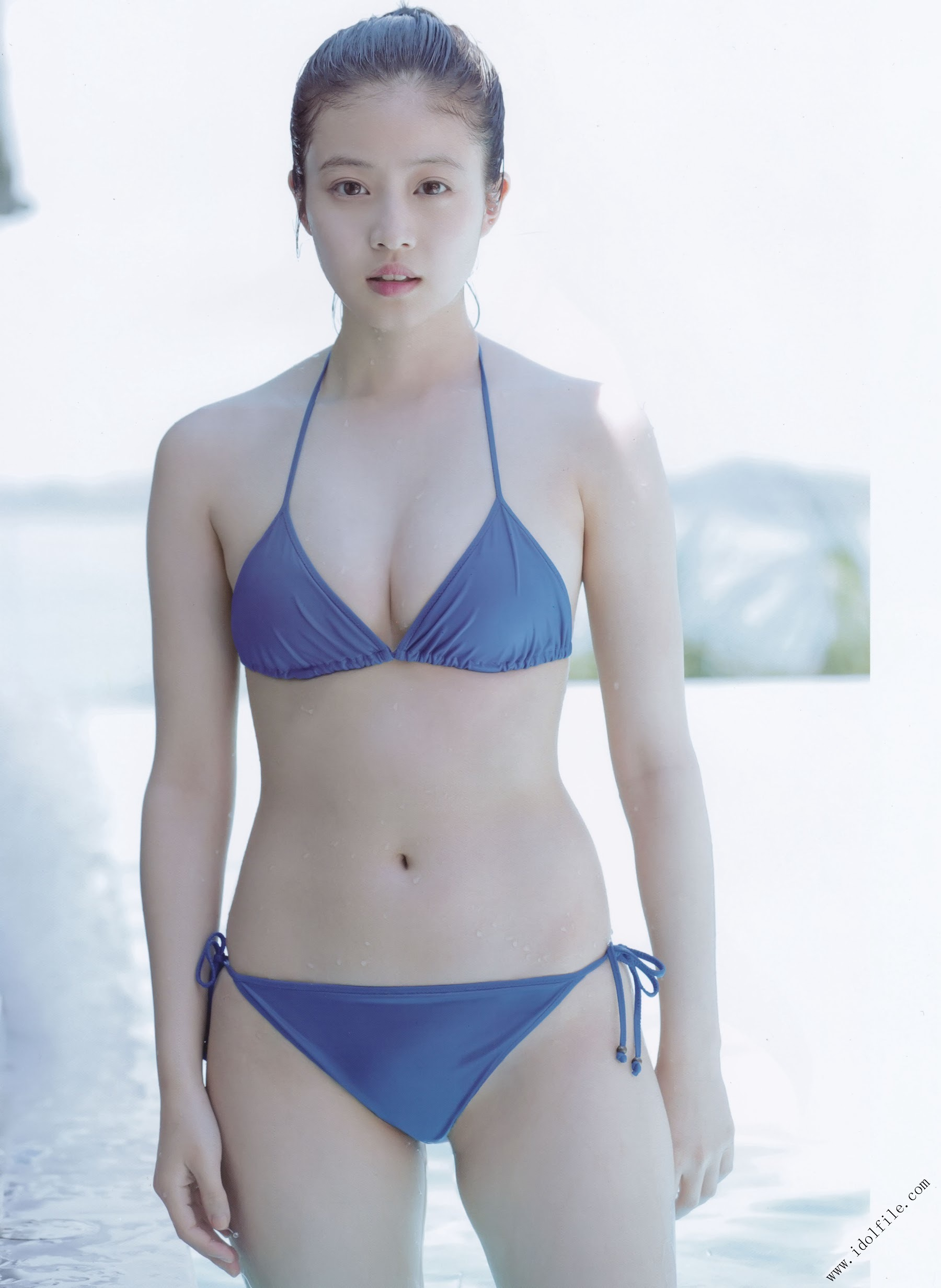 Pretty and beautiful, 22 years old and innocent Moving to the next stage as an actress Mio Imada143