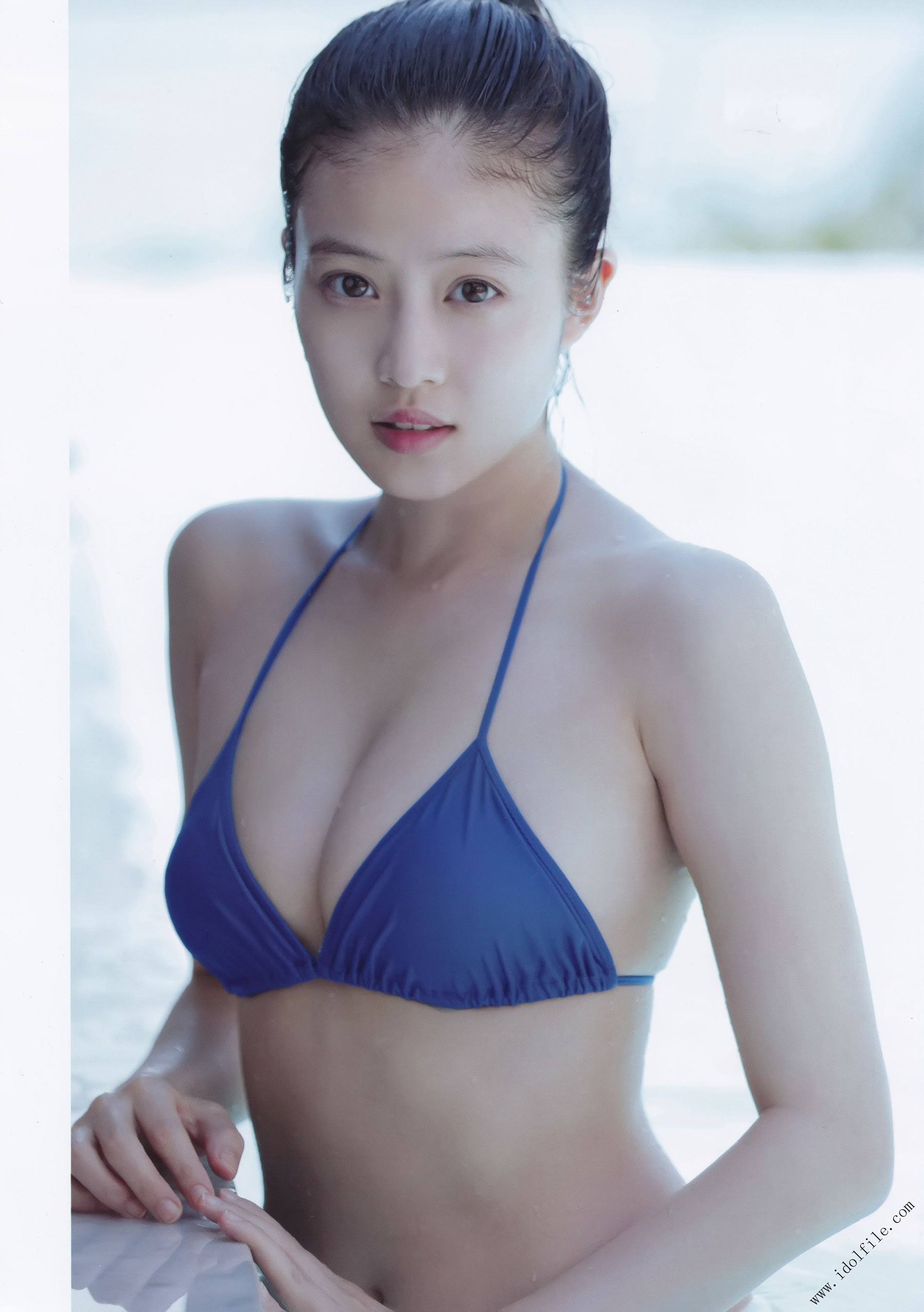 Pretty and beautiful, 22 years old and innocent Moving to the next stage as an actress Mio Imada144