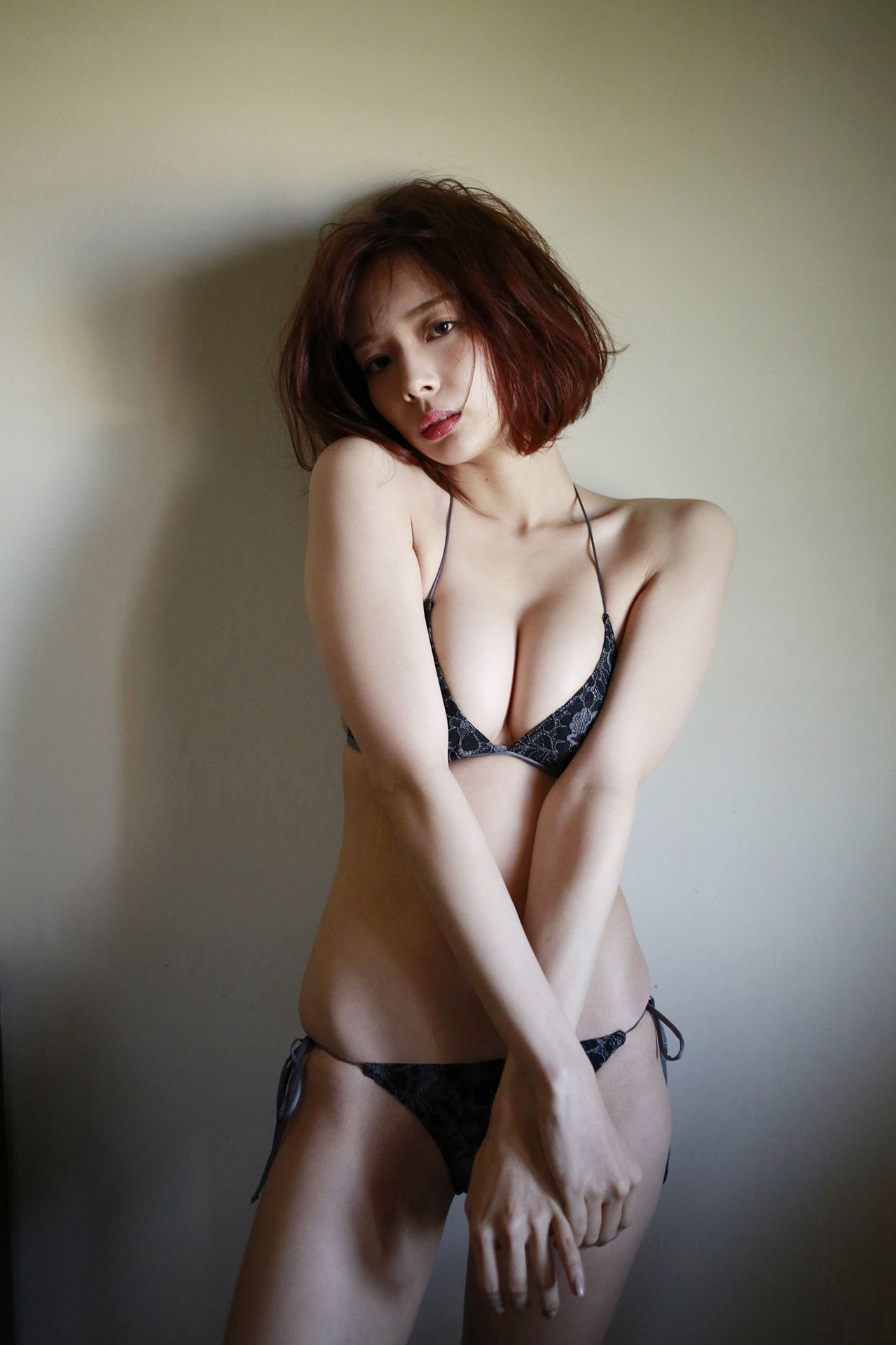 23 years old Shaka Okada, who is also a professional mahjong player071