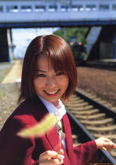 ichikawa_yui_011.jpg