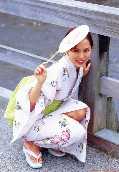 ichikawa_yui_058.jpg
