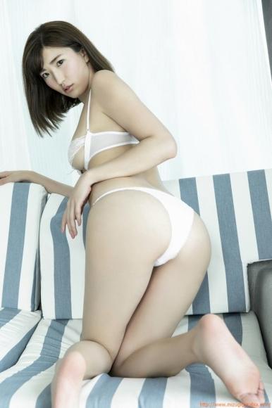 m_eimi_013.jpg