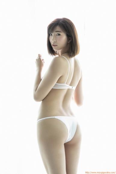 m_eimi_017.jpg