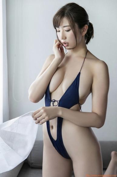 m_eimi_027.jpg