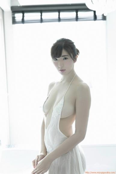 m_eimi_038.jpg