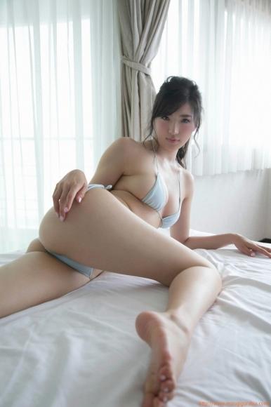 m_eimi_103.jpg