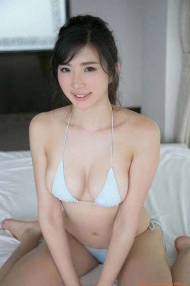 m_eimi_105.jpg