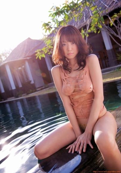 nakamura_shizuka_2_130.jpg