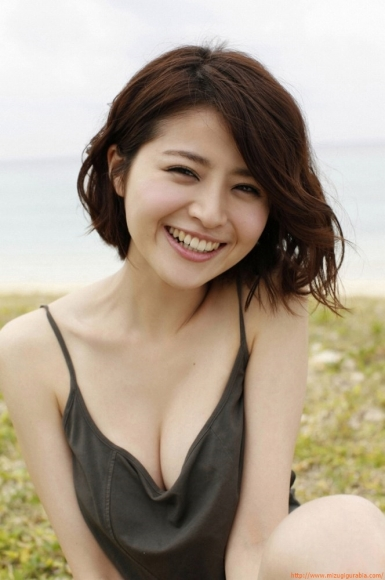 s_chinami_244.jpg