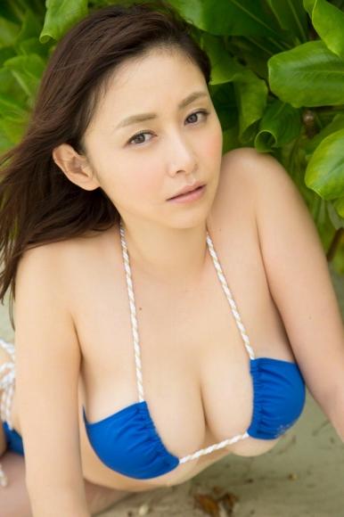 sugihara_anri_141.jpg