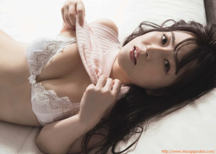 u_shiori_003.jpg