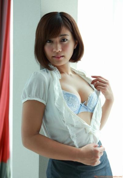 yasueda_hitomi_053.jpg
