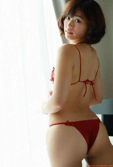 yasueda_hitomi_091.jpg