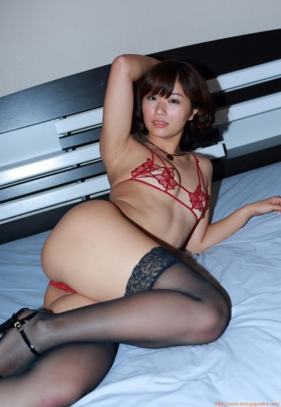 yasueda_hitomi_094.jpg
