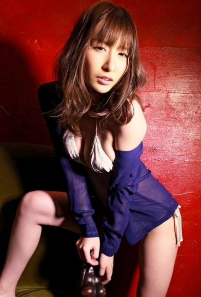 yoshimi_iyo_104.jpg