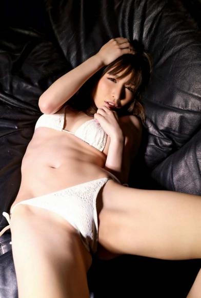 yoshimi_iyo_109.jpg