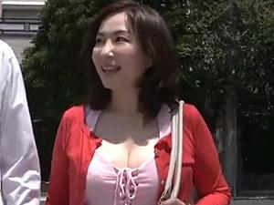 よしい美希(伊沢涼子、吉井美希)