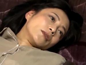 【ヘンリー塚本】 美熟女母をレ×プ中出し!鬼畜息子の非道母子相姦!