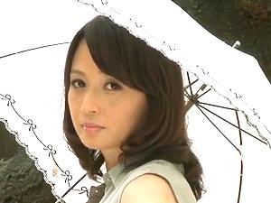 学園エロドラマ!五十路で童顔な美人女教師と男子生徒のひと夏のHな思い出! 安野由美