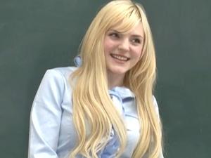 金髪白人の美巨乳な美人女教師!いいなり奴隷として陵辱調教!拘束、輪姦!潮吹き、小便おもらいし!アメリア