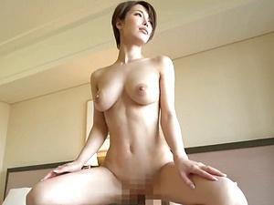 【君島みお】神スタイル!素晴らしいプロポーションをしたクビレ巨乳な美人妻の艶めかしいハメ撮り!