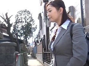 【ながえスタイル】[一松愛梨] 昼と夜の顔をもつ人妻営業レディ!スーツ美人OLの正体は・・・