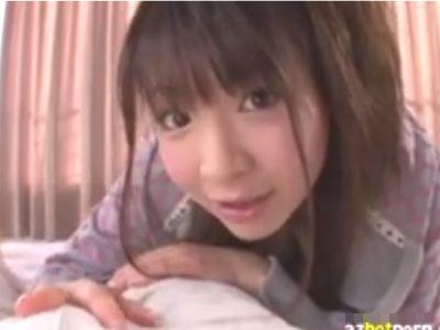 〈センズリ鑑賞〉『凄く大きくなってるよぉ♡』小悪魔な童顔美少女が唾垂らしたりしてくれる射精のお手伝い!