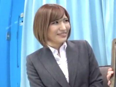 【MM号】『こんなんしたことあるぅ?』関西弁が可愛い憧れの美人女上司と二人っきりでエッチなゲーム挑戦!