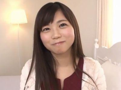 【羽咲みはる】元Fカップアイドルの美少女がカメラの前での初SEXに恥じらいながらも絶叫アクメのデビュー作!