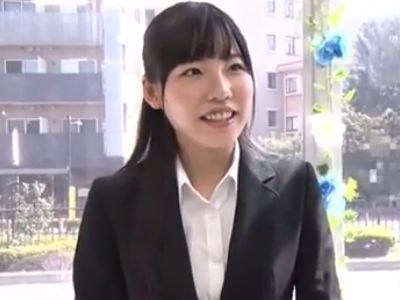 【MM号】『え~勃ってるぅ♡』新人社員同士でオナニー見せ合い!恥じらいながらも発情する清楚な黒髪美少女が濃厚セックス!
