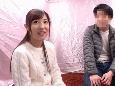 【栄川乃亜】美少女女優の凄テクに耐えられたら中出しセックス!プロの手コキ、フェラ、乳首責めに素人男性も悶絶!