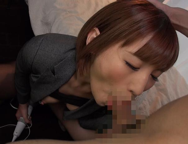 極上の美人OLがパンスト美脚で足コキしたり着衣SEXで喘ぐの脚フェチDVD画像2