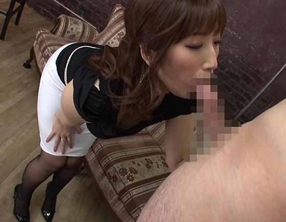 ムチムチの太腿とデカ過ぎる巨尻の下半身でパンスト着衣SEXの脚フェチDVD画像3