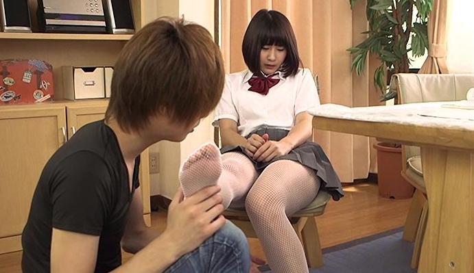 生脚より卑猥!都立アミタイツ学園の脚フェチDVD画像1