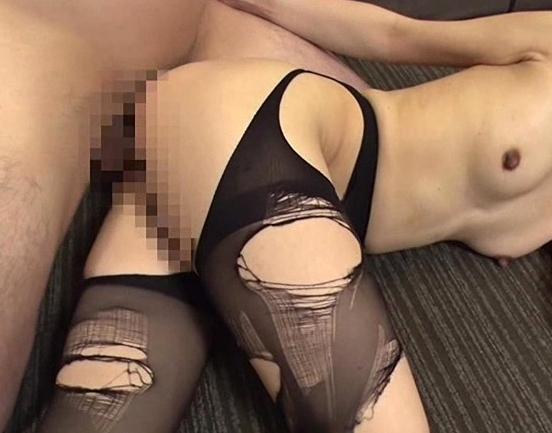 熟女秘書がパンスト美脚を肉棒に絡ませ足コキ抜きや着衣SEXの脚フェチDVD画像6