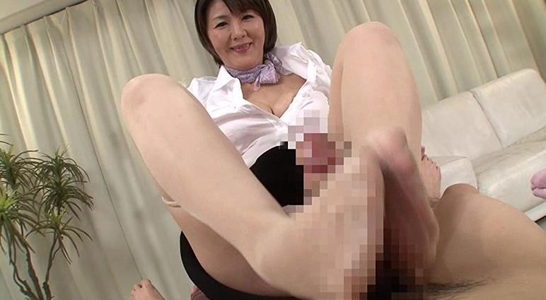 中出しのできる人妻回春性感エステ 円城ひとみの脚フェチDVD画像1