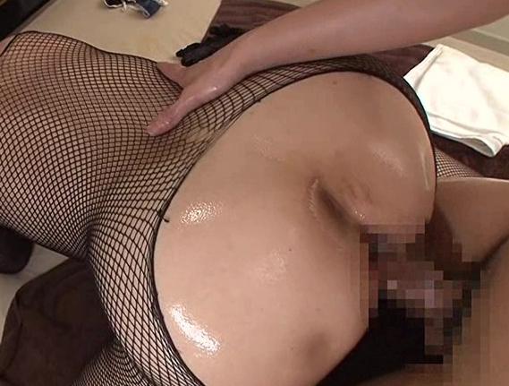 熟女のムチムチした美脚で熟練されたパンスト足コキ足射の脚フェチDVD画像6