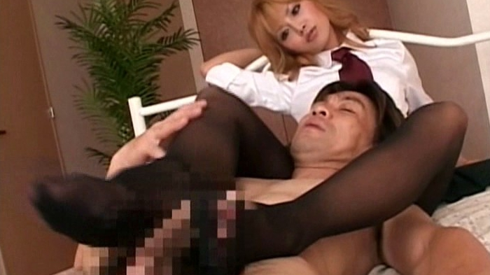 美脚痴女 完全足コキ射精! 23人4時間の脚フェチDVD画像5