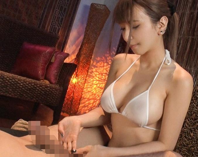 いやらしい巨乳と淫語で射精させてくれるサロン嬢が生足コキの脚フェチDVD画像3