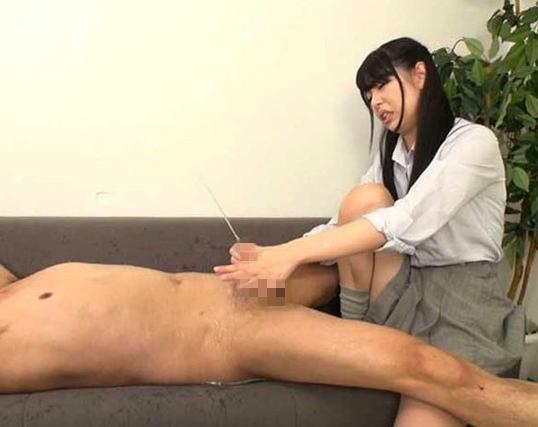 ドエスな美少女JKが蒸れたハイソックス足裏で足コキ責めの脚フェチDVD画像5
