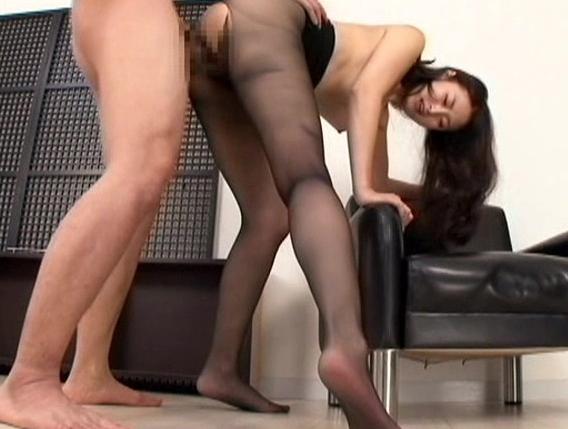 長身美女のパンスト美脚を爪先から太腿まで堪能する脚フェチ動画の脚フェチDVD画像6