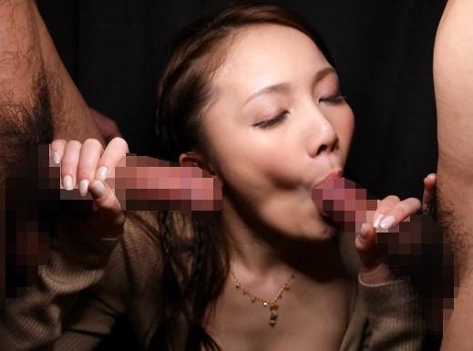 美しい痴女お姉さんがパンスト美脚で足コキしたり様々な着衣SEXの脚フェチDVD画像6